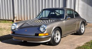 Porsche 911T cared for with AMSOIL