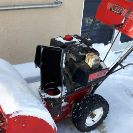 Snowblower life extended thanks to AMSOIL