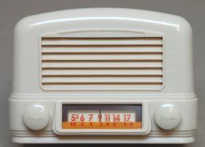 Old Wards radio - Airline bakelite