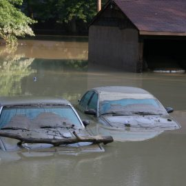 What to Do When Your Car is Underwater